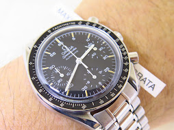 OMEGA SPEEDMASTER CHRONOGRAPH REDUCED MOONWATCH BLACK DIAL LIGHT PATINE INDEXES - AUTOMATIC