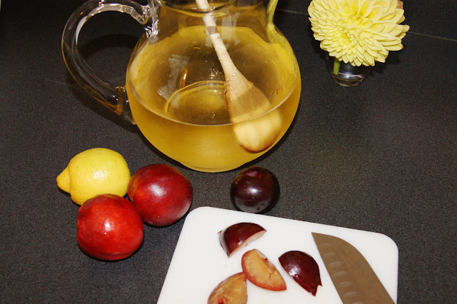The Kitchen is My Playground: White Sangria with ...