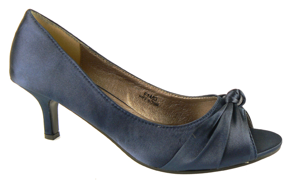 navy blue low heel dress shoes