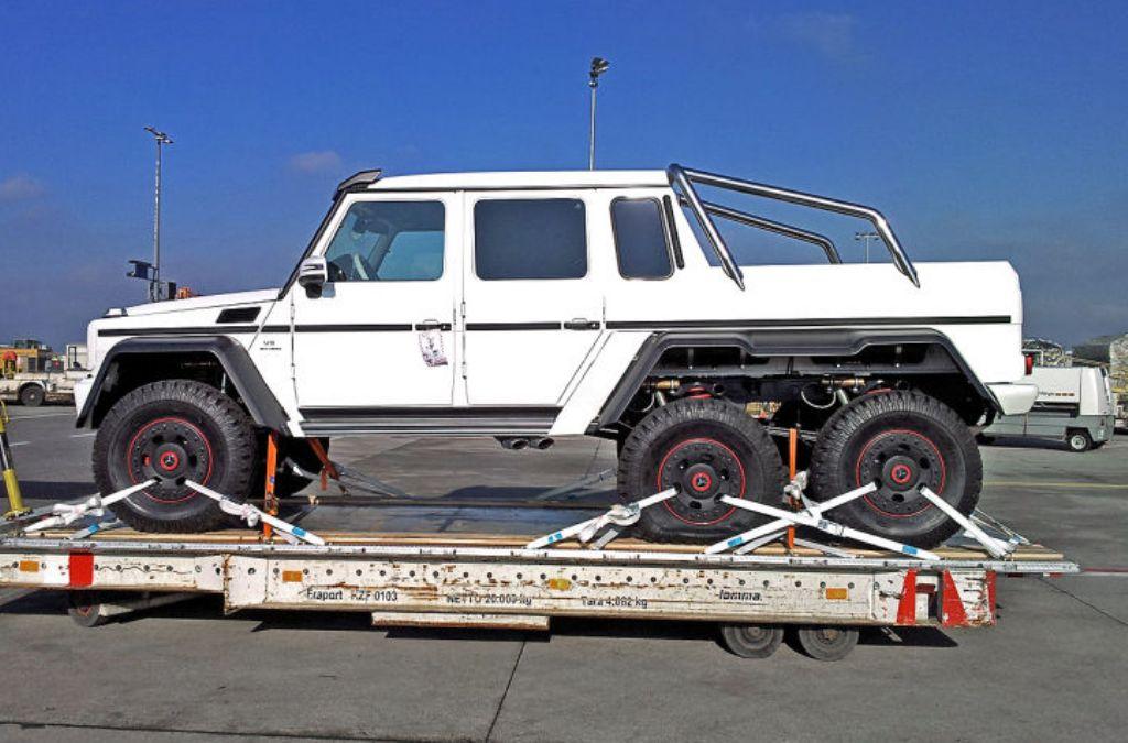 6 wheel drive trucks autos post for Six wheel mercedes benz