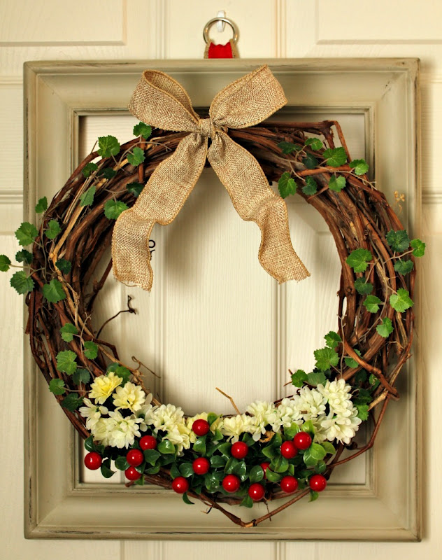 Turtles And Tails Layered Picture Frame Wreath