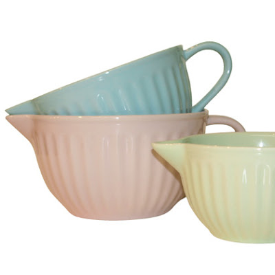 Set of 3 Ceramic Pouring Bowls Pink, Blue and Green by Squires