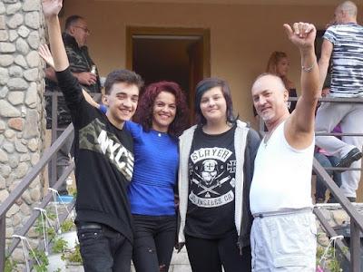ujratalpon.ro - Tanca Aliz családja