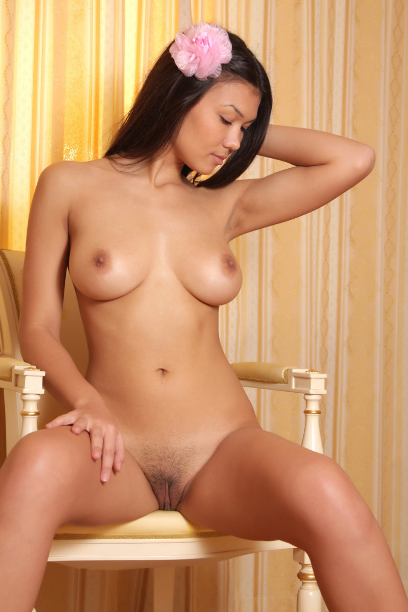from Miguel most beautiful naked asian girls
