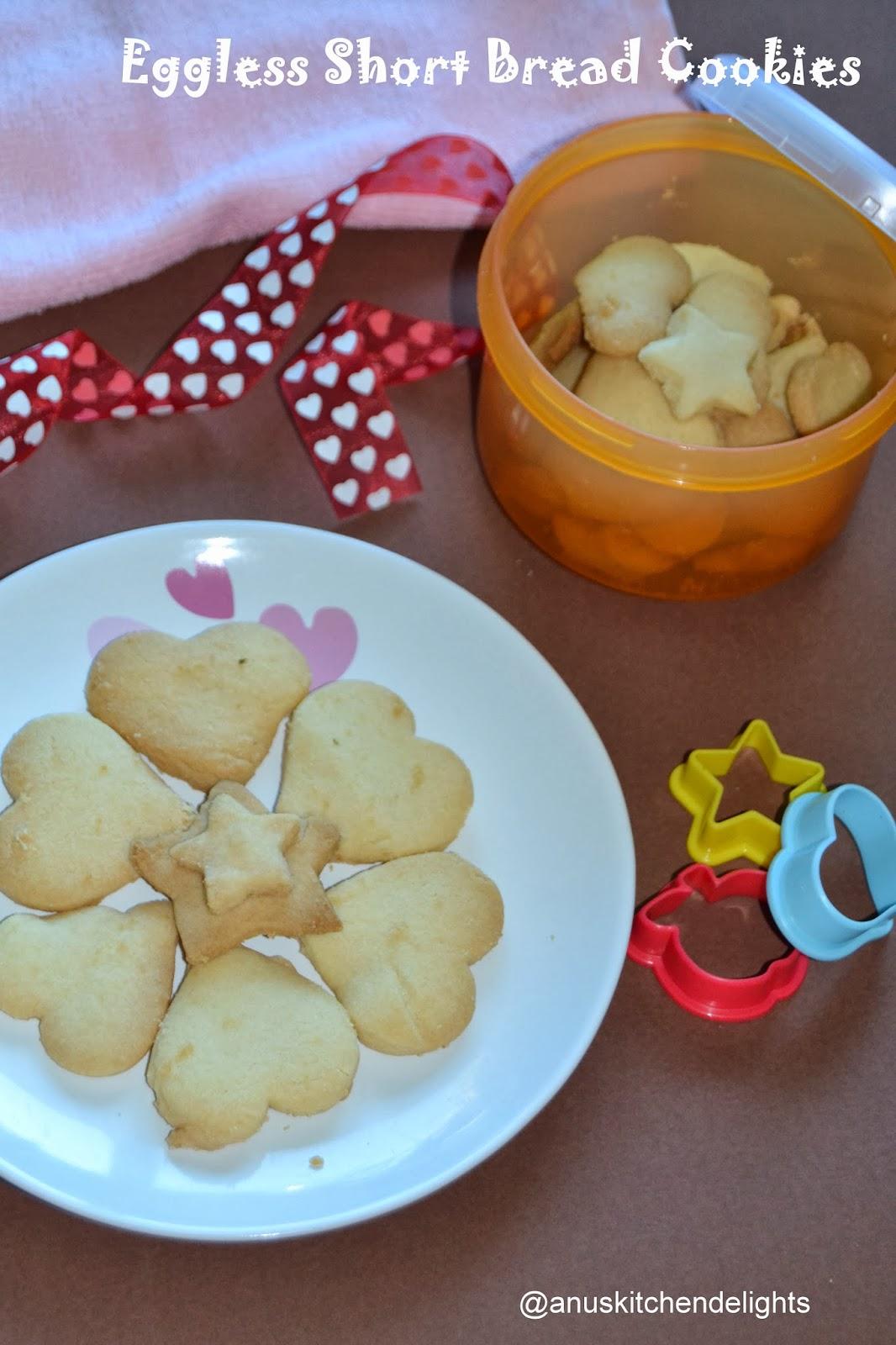 Eggless Vanilla Shortbread Cookies