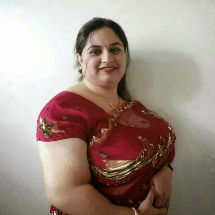 aunties sexy Indian