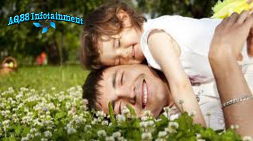 Dalam sebuah studi besar, berbagai masalah dan gangguan pada anak usia sekolah ternyata berkaitan dengan usia sang ayah. Ini terkait mutasi sperma yang mungkin terjadi seiring bertambahnya usia sang ayah.