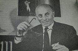 http://sekitarduniaunik.blogspot.com/2014/05/biografi-laszlo-biro-penemu-pulpen.html