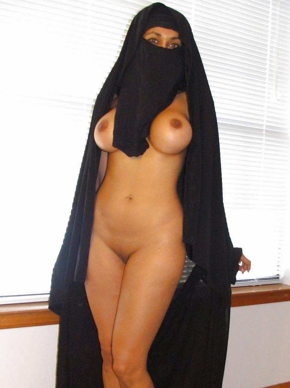hot dubai girl nude