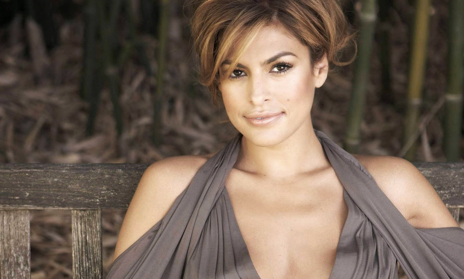 Eva mendes hottest latest wallpaper of actress