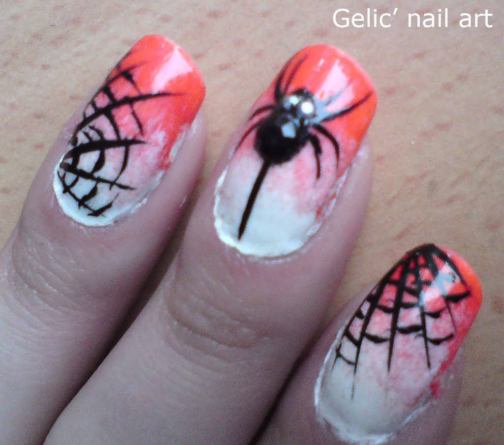 Gelic\' nail art: Halloween spider and spider web nail art