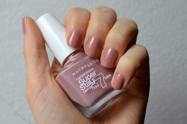 Memento mori maybelline super stay gel nail color in 130 for Taupe rose poudre