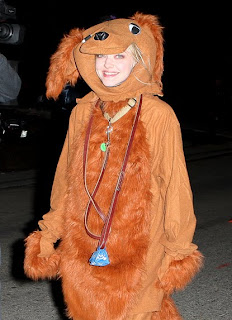 Amanda Seyfried dressed as a dog