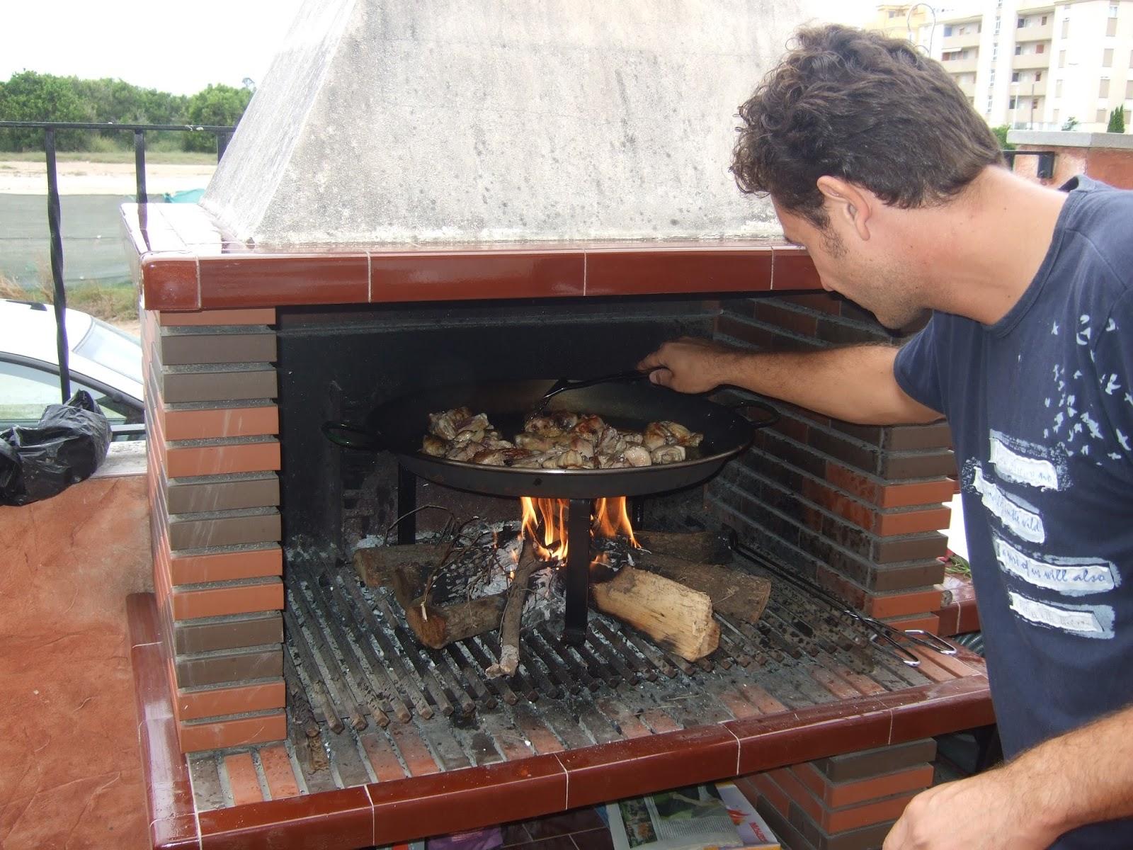 Le blog de Lucas, Alex& Josh! Pa u00eblla Valencienne au feu de bois # Paella Feu De Bois