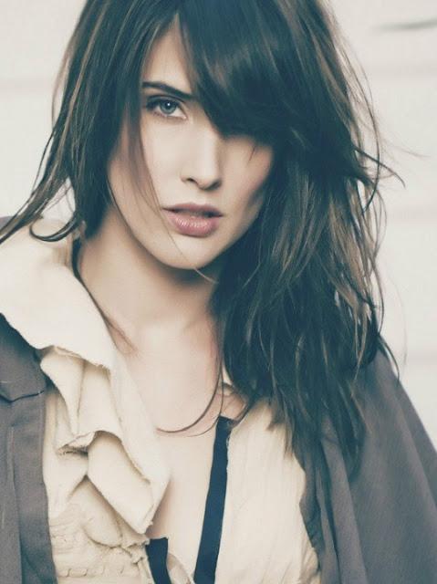 Hollywood Actress Cobine Smulders Hot Photos Stills