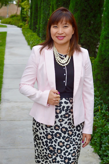 Over 40 fashion, OC blogger, WHBM Blush Blazer, J Crew Factory Multi Strand Pearls