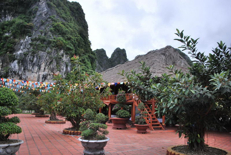Khám phá Vịnh Bái Tử Long ở Quảng Ninh