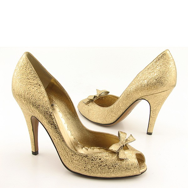 Wedding by designs ellegant gold bridal shoes for Gold dress shoes for wedding