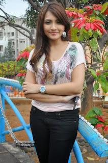 Actress-Zoya-Khan-Stills-at-A-Shyam-Gopal-Varma-Movie-Opening-event