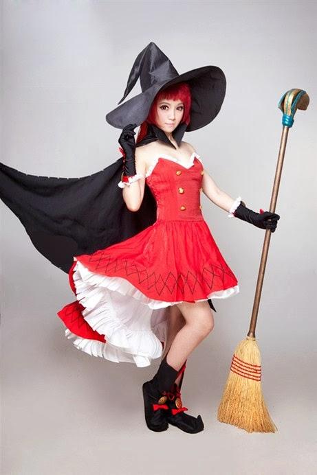 Ngắm 8 hot girl xinh đẹp trong trang phục cosplay gợi cảm quyến rủ