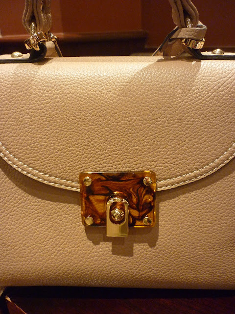 Jane Shelton Handbag | Petite Silver Vixen