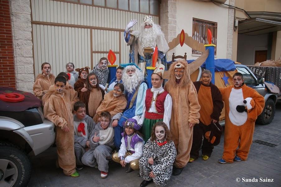 http://www.larioja.com/multimedia/fotos/local/20140106/reyes-magos-acuden-residencia-3071239465301-mm.html