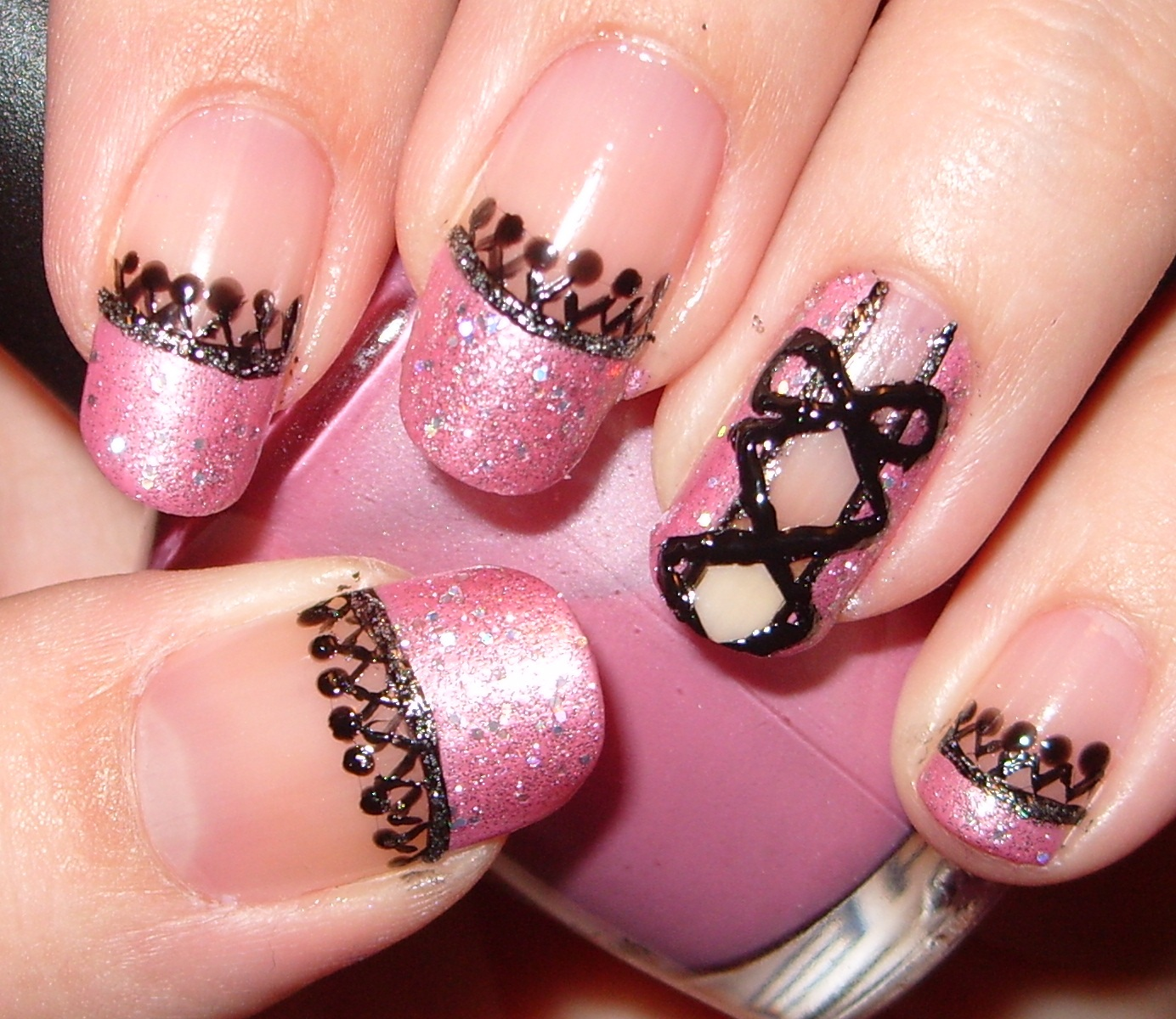 sharihearts: Pink & Black Corset Nail Art