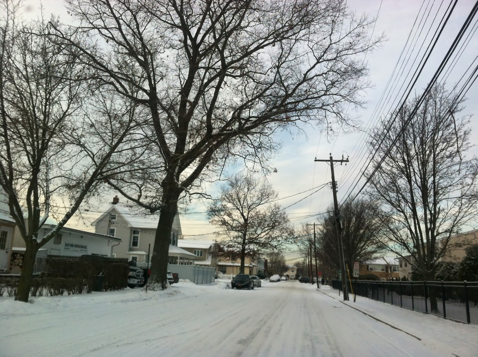 Morning-Snow-in-Farmingdale