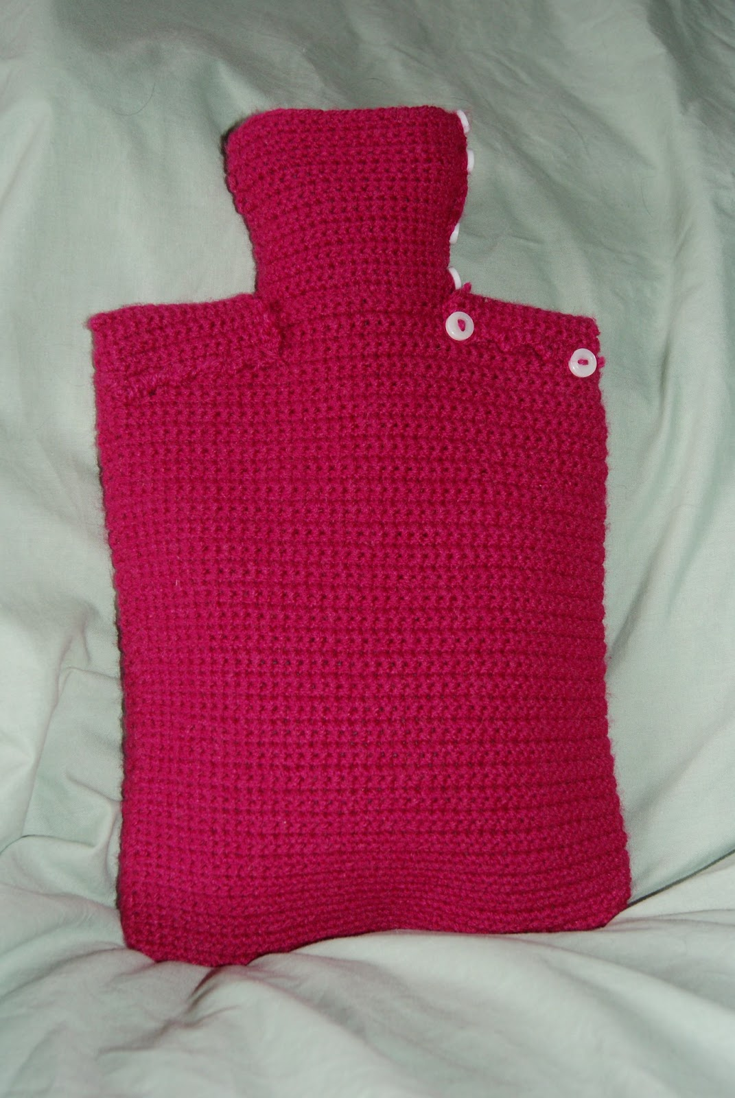 Em\'s Knits: Crocheted Hot water Bottle Cover