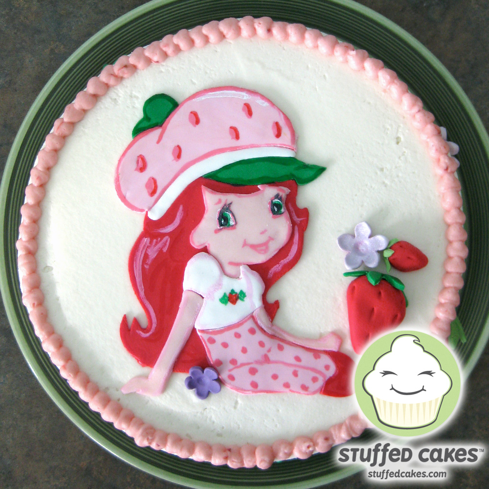 Stuffed Cakes: Strawberry Shortcake Cakes and Cupcakes