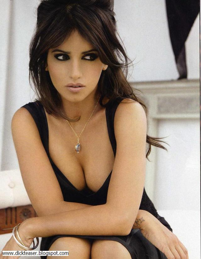 HeavyEyeliner - Monica Cruz
