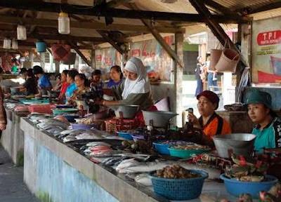 Menimati Kuliner Di Pantai Depok, wisata kuliner, wisata pantai, ikan cakalan di pantai depok