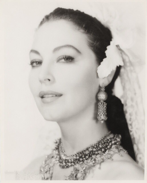 Ava gardner web site ava gardner 1922 1990 for Gardner website