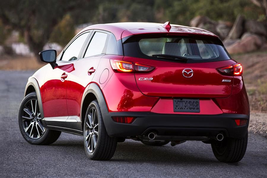 Mazda CX-3 (2016) Rear Side