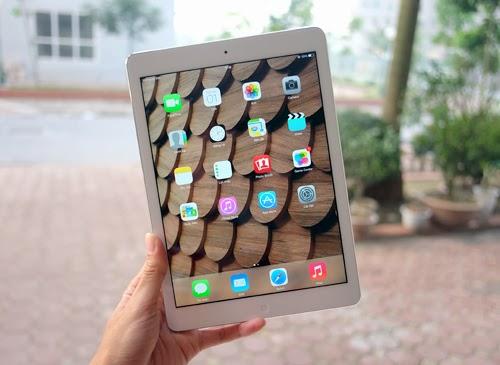 {iPad
