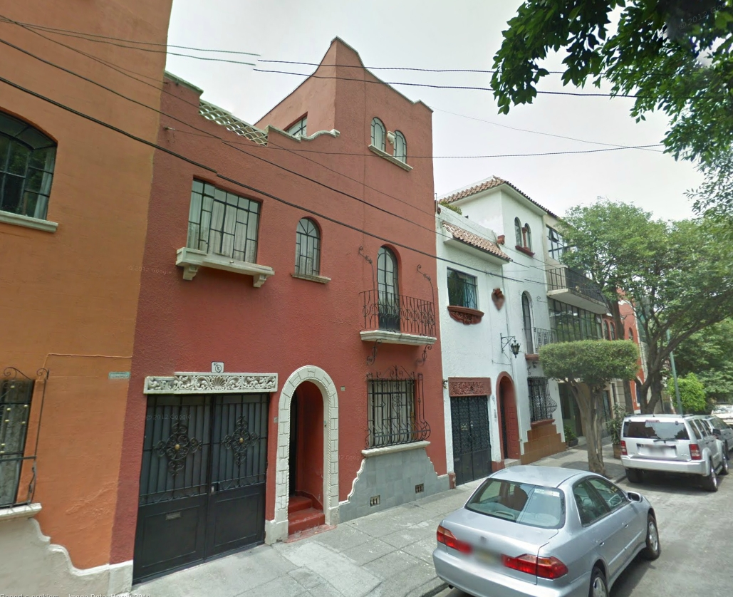 Old urbanist can townhouses and front loading garages for Nyc townhouse with garage