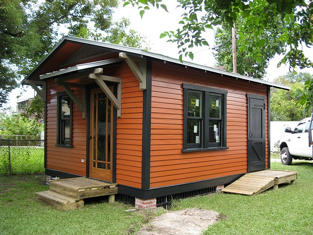A brand new small guest home from for Houses with guest house