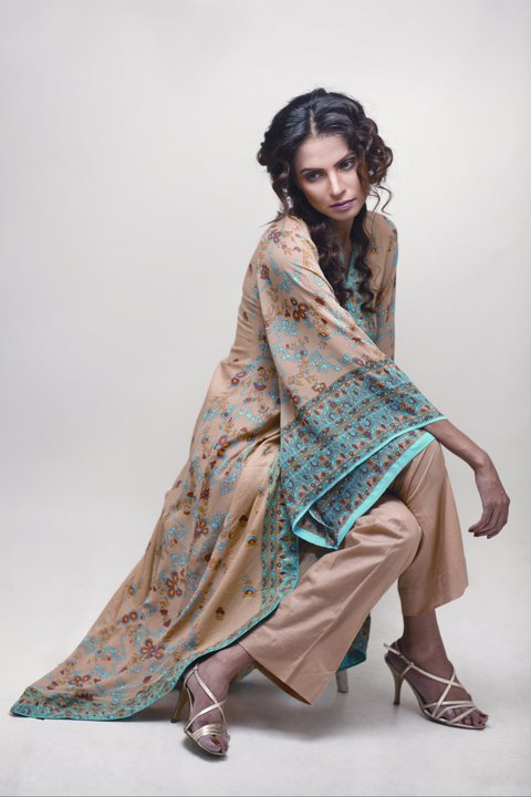 Pakistani fashion lite dresses collection 2012 for Bell bottom sleeve shirt
