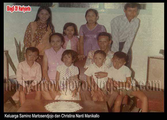 Foto Keluarga Pasangan Samino Martosendjojo dan Christina Nanti Manikallo
