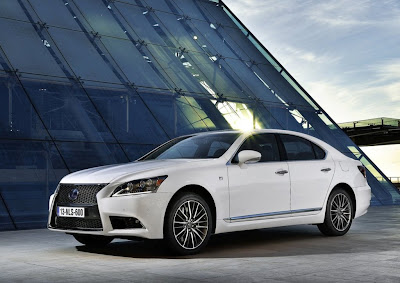 2013 Lexus LS EU-Version