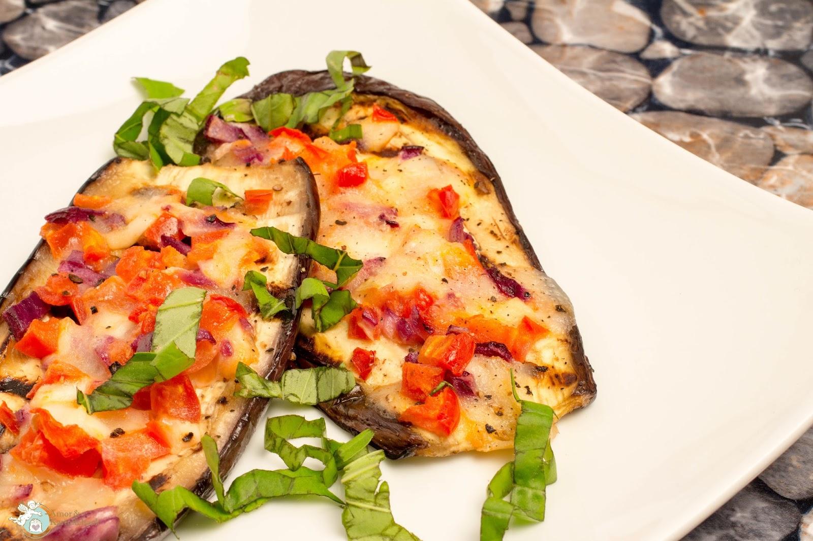 amor kartoffelsack pizza di melanzane low carb pizza. Black Bedroom Furniture Sets. Home Design Ideas
