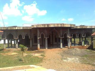 Mohon Bantuan untuk menyelesaikan pembangunan Masjid Al Ikhlas Desa Siberuk Tulis