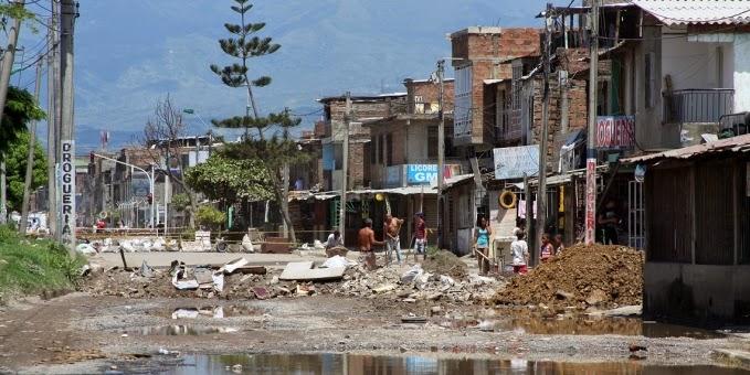 Santiago de Cali, Artículos, Barrios, Barrio Mojica, Afrocolombianos, Pobreza, Desarrollo económico, Horizonte Femenino