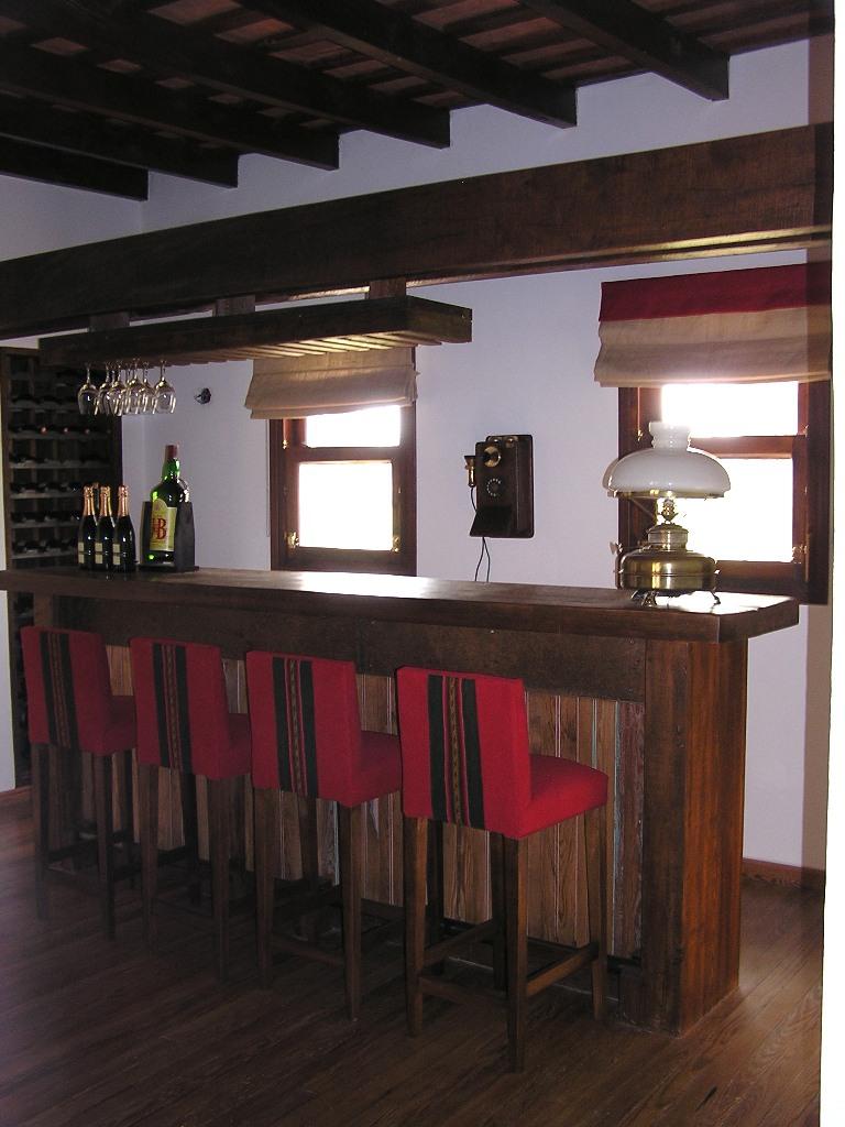 D k p muebles y decoracion licoreras for Bares modernos para casas