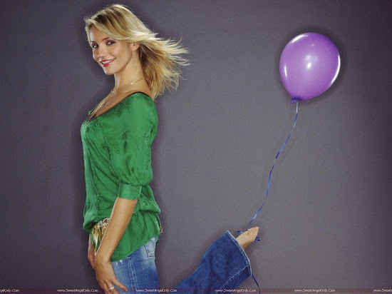 Cameron Diaz with baloon