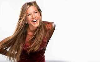 Jennifer Aniston smile wallpaper