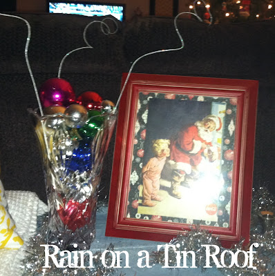 Decorating with Ornaments {rainonatinroof.com} #Christmas #decor #ornaments
