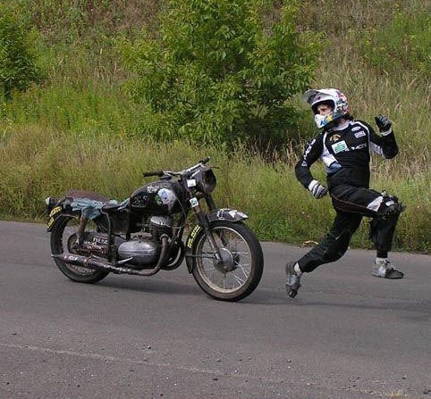 Gambar Lucu : Pembalap Bodoh