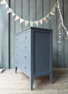 Algunas de mis cosas favoritas no hay muebles feos sino for Muebles pintados en gris
