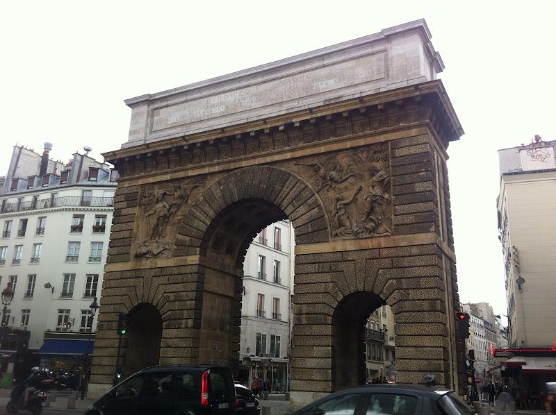 Beyond paris blog paris off the beaten track two ancient for Porte saint martin